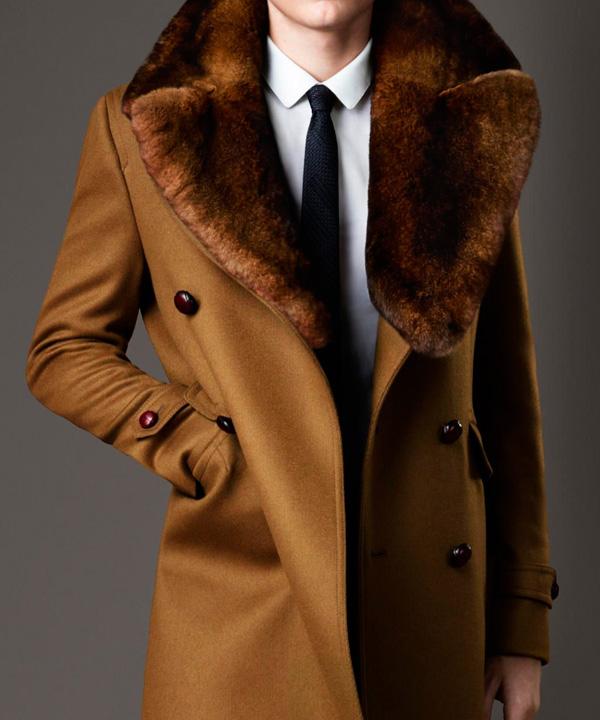 Чистка мужского пальто с отделкой из натурального меха