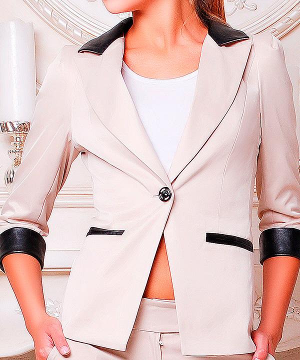 Химчистка женского пиджака с отделкой из кожи