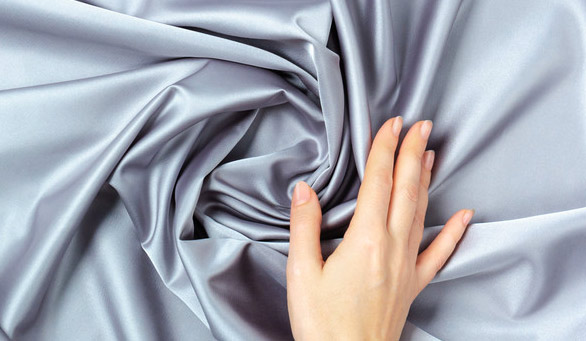 прикосновение к ткани